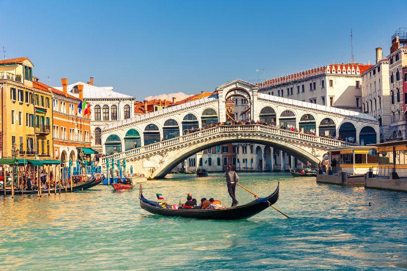 Любовь и Голуби.Экскурсионный тур по Италии